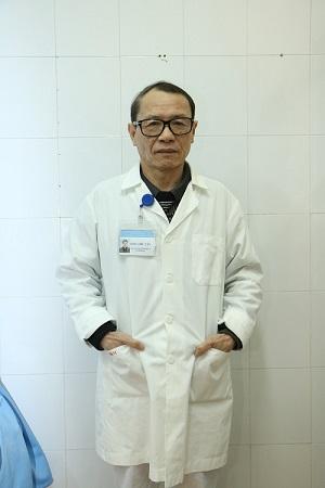 hình ảnh bác sỹ đào thế tân